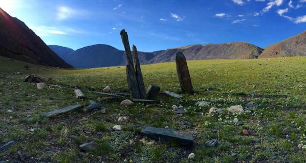Mongolia standing men